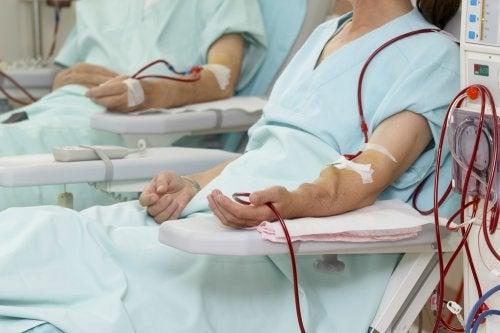 Diálisis de pacientes renales en riesgo por impacto del COVID-19