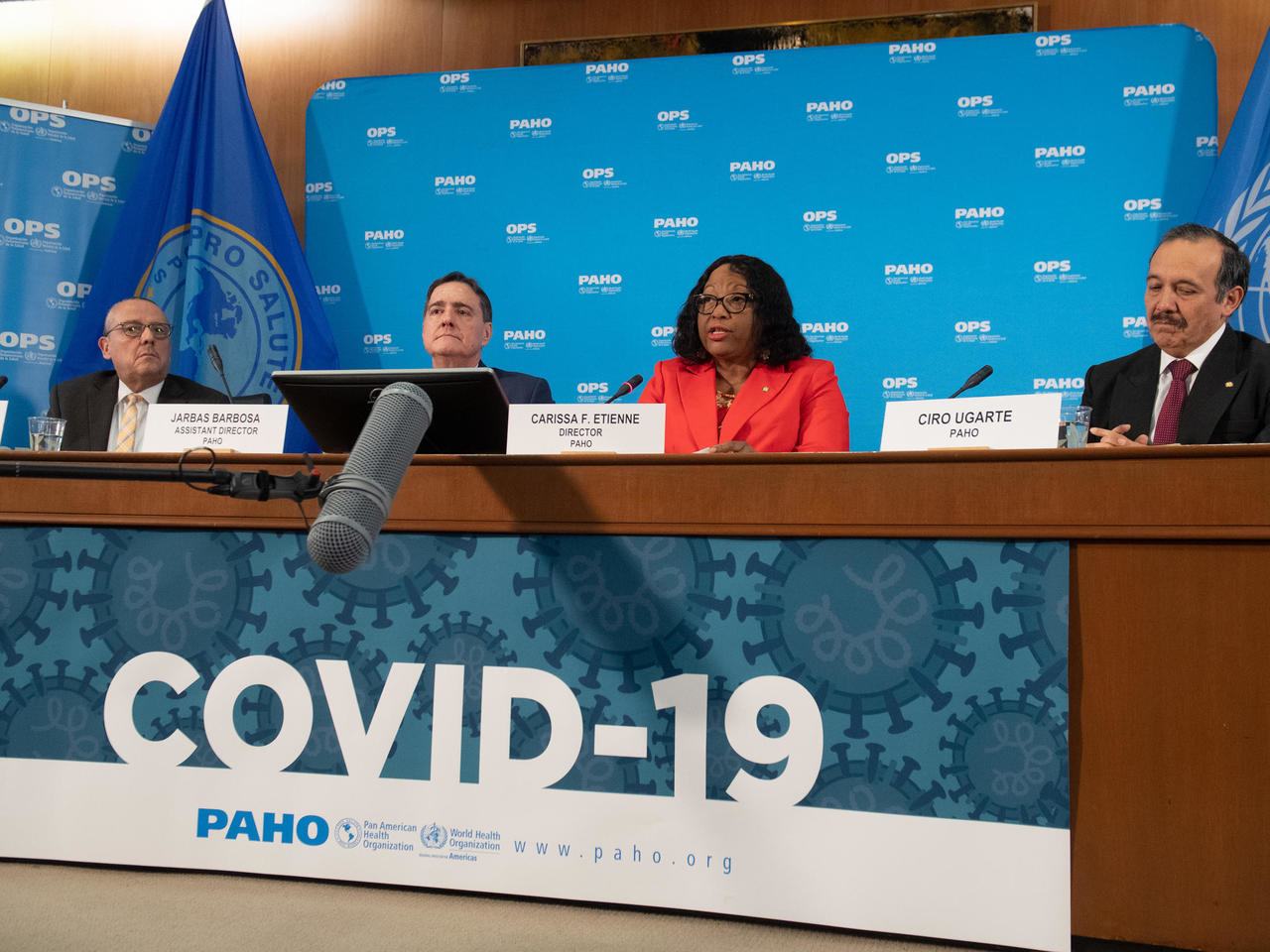 Incluso con vacuna COVID-19 continuará propagándose, dice OPS