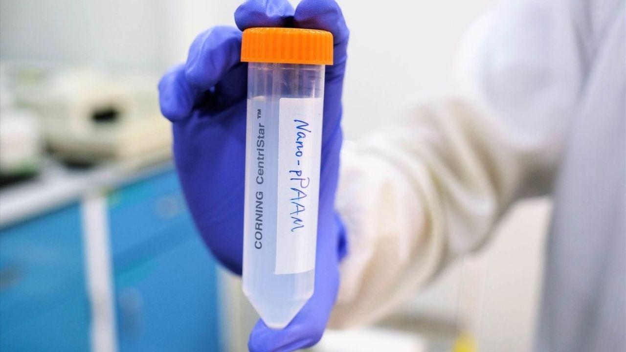 Desarrollan nanopartículas para matar células cancerosas sin medicamentos