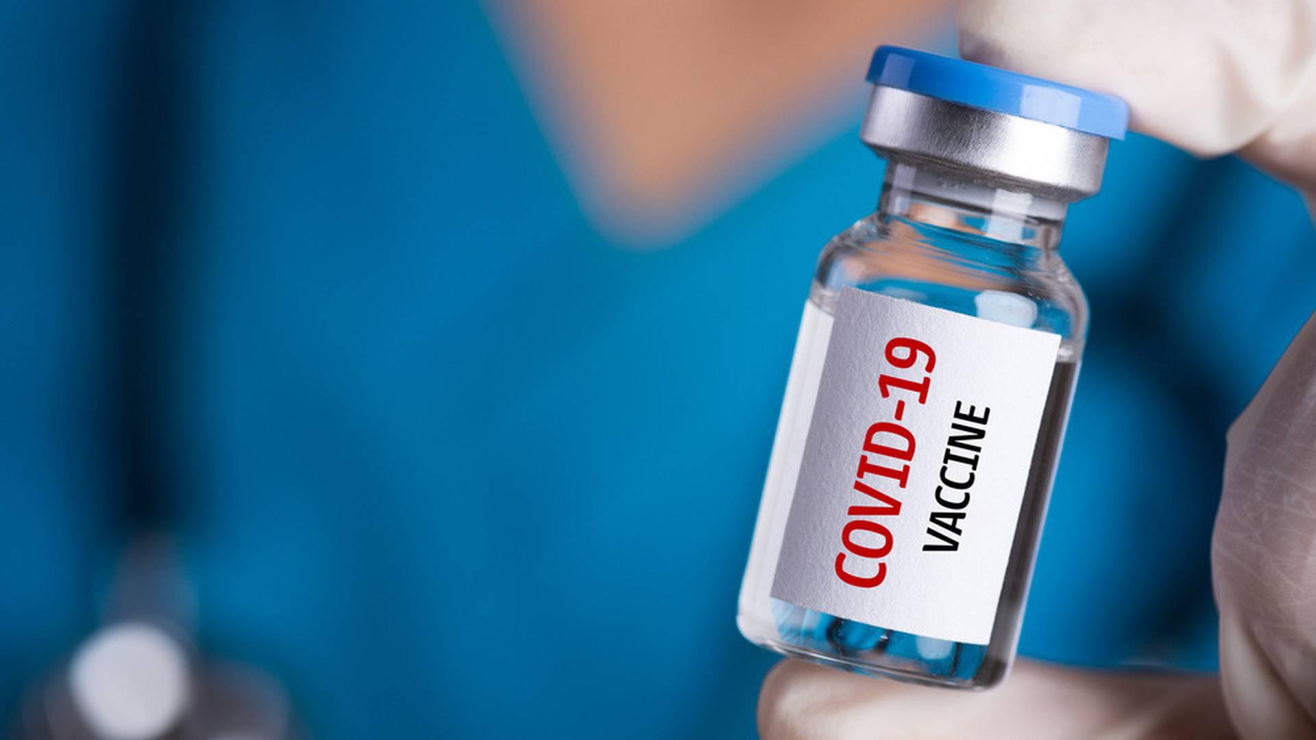 Reino Unido hace preparativos para vacunar población vulnerable en noviembre