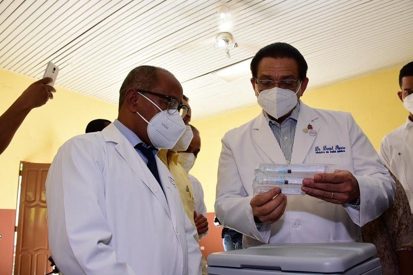 Alto porcentaje de haitianas que dan a luz en hospitales dominicanos, incide en los indicadores de la mortalidad materna.